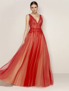 Suknie wieczorowe, wizytowe, studniówkowe, na wesele by Demetrios w Poznaniu #sukniapoznan
