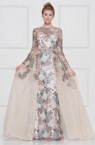 Suknia wieczorowa z trenem Demetrios